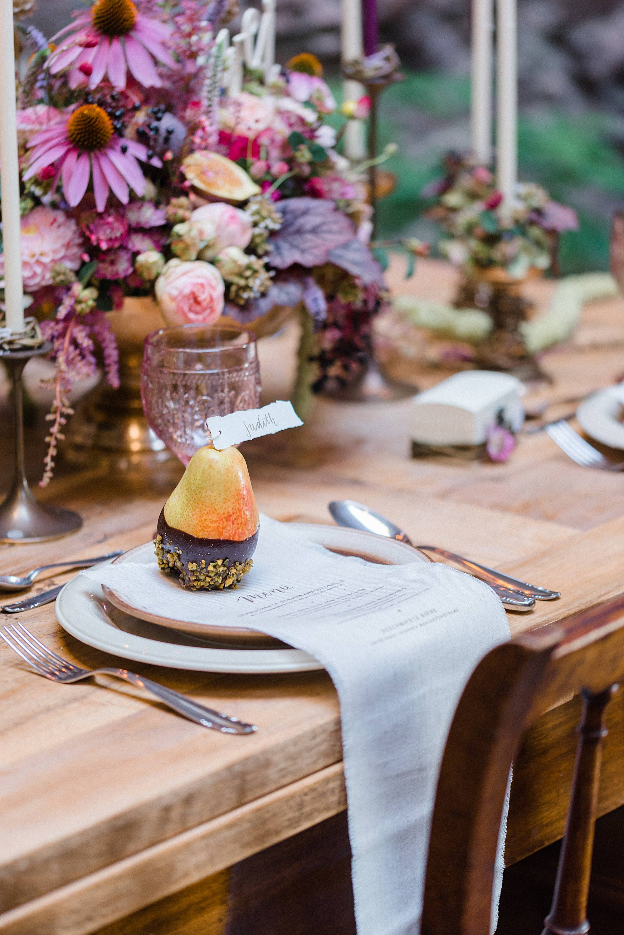 Tablesetting for Autumnal wedding