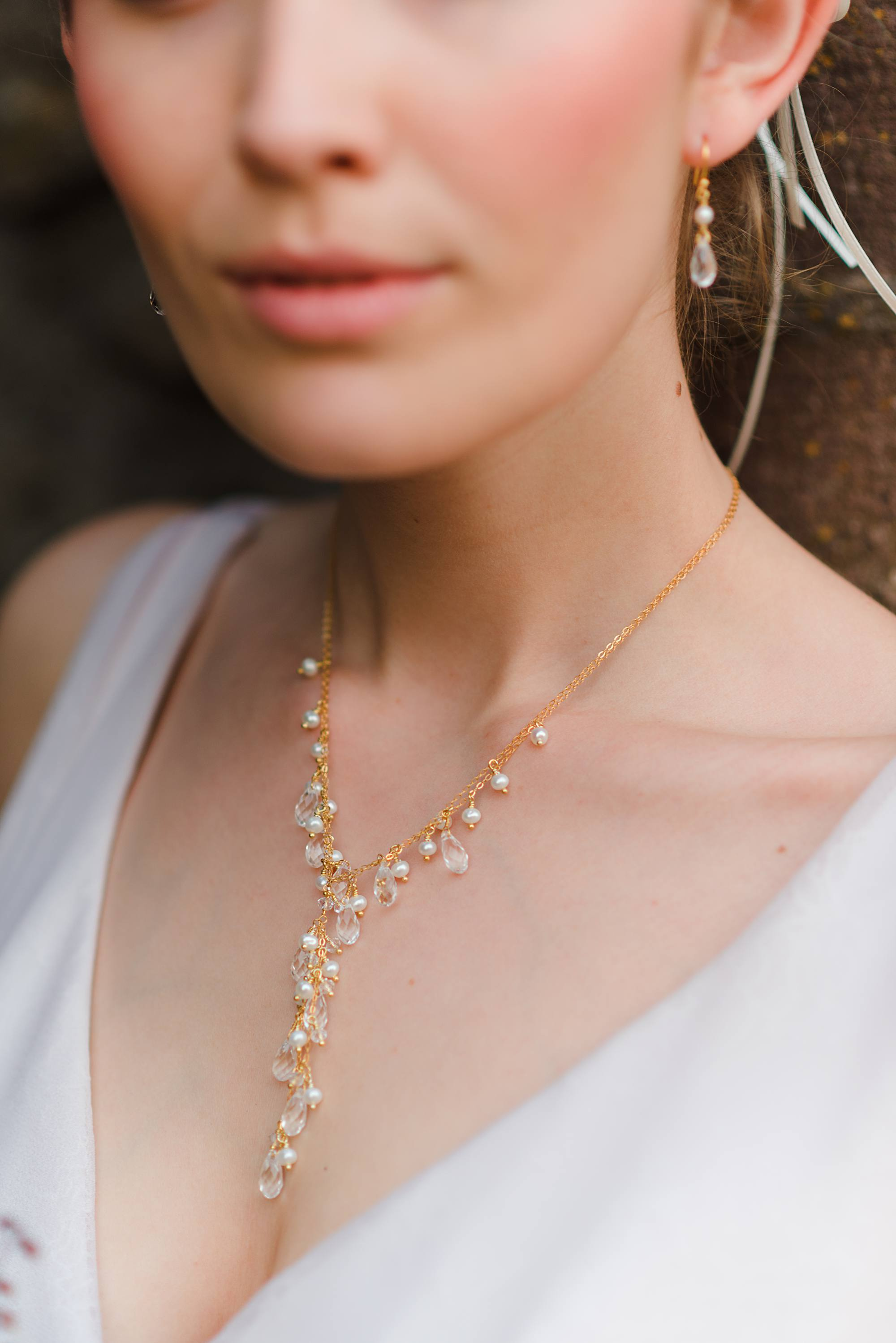 Bridal necklace with crystal drops