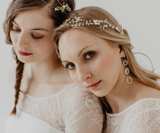 Wedding dreams in white & gold | Bridal style ideas for headpieces and statement jewellery