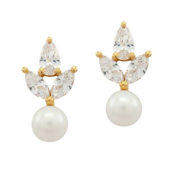 SIMPLY DELIGHTFUL | Crystal eastuds with pearl
