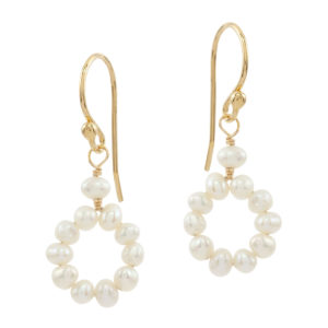 CIRCLE OF LOVE | small pearl bridal earrings